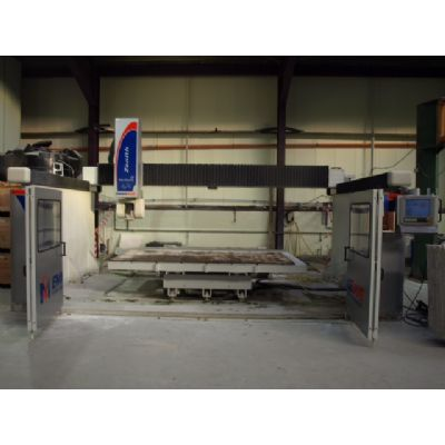 ZENITH VARIAXIS 5 axis (on steel walls) (Ex Demo - Available End Of July 2017 - Cost New 140,000)