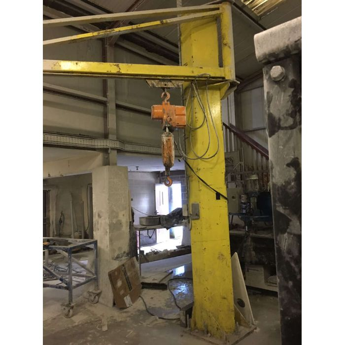 Floor Mounted Crane